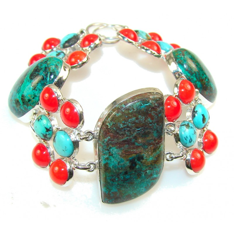 Stylish Green Turquoise Sterling Silver Bracelet
