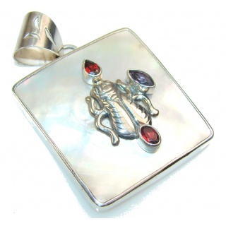Stylish Blister Pearl Sterling Silver pendant