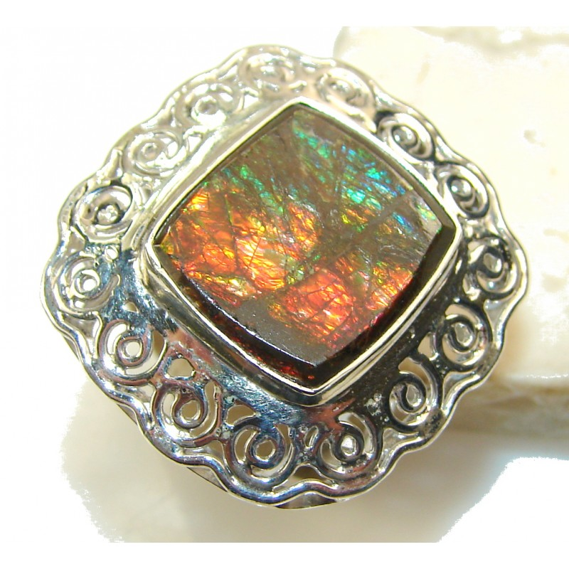 Beautiful Ammolite Sterling Silver ring s. 10 1/2