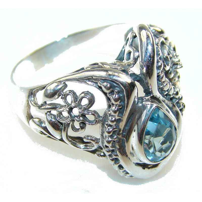 Amazing Blue Swiss Topaz Sterling Silver ring s. 10 1/2