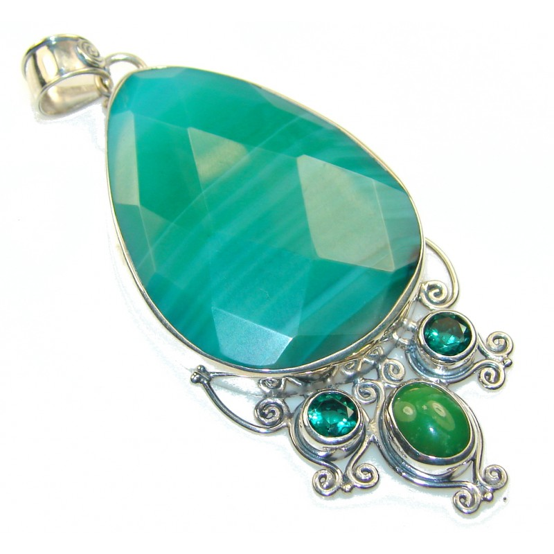 Big Dreamer!! Green Agate Sterling Silver Pendant