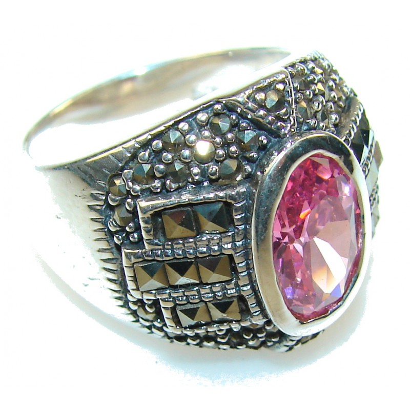 Queen!! Light Pink Topaz Sterling Silver ring; size 8