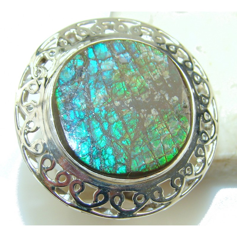 Big!! Awesome Ammolite Sterling Silver ring s. 11 1/2