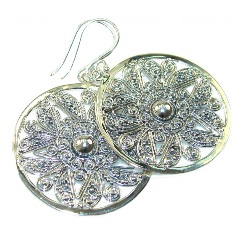 Natural Beauty!! Silver Sterling Silver earrings