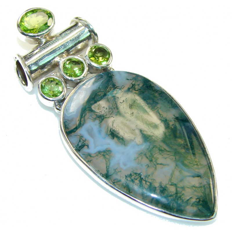 Excellent Green Moss Agate Sterling Silver Pendant