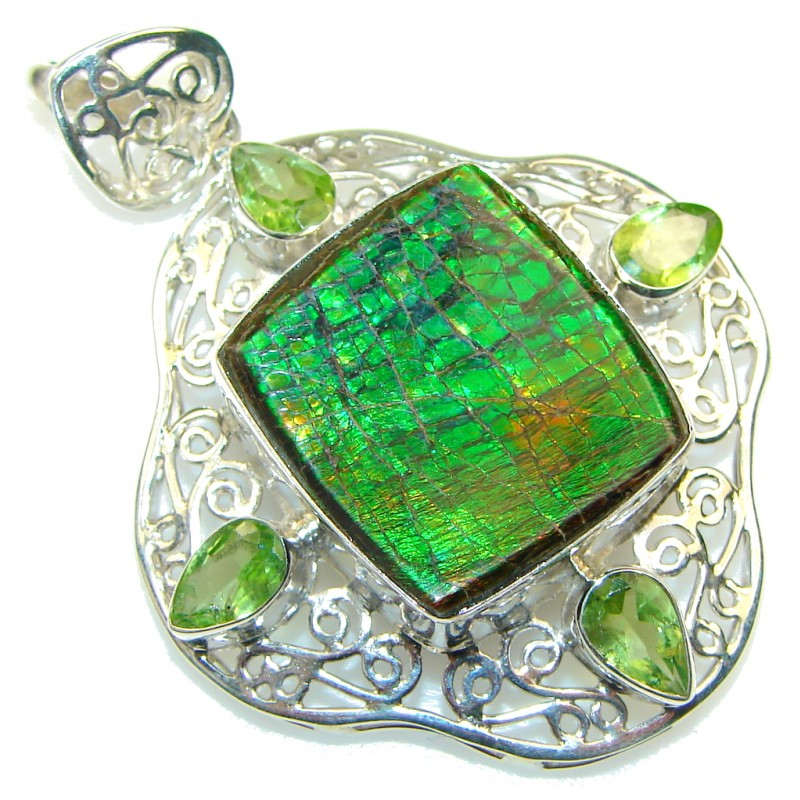 Beautiful! Natural Green Ammolite Sterling Silver Pendant