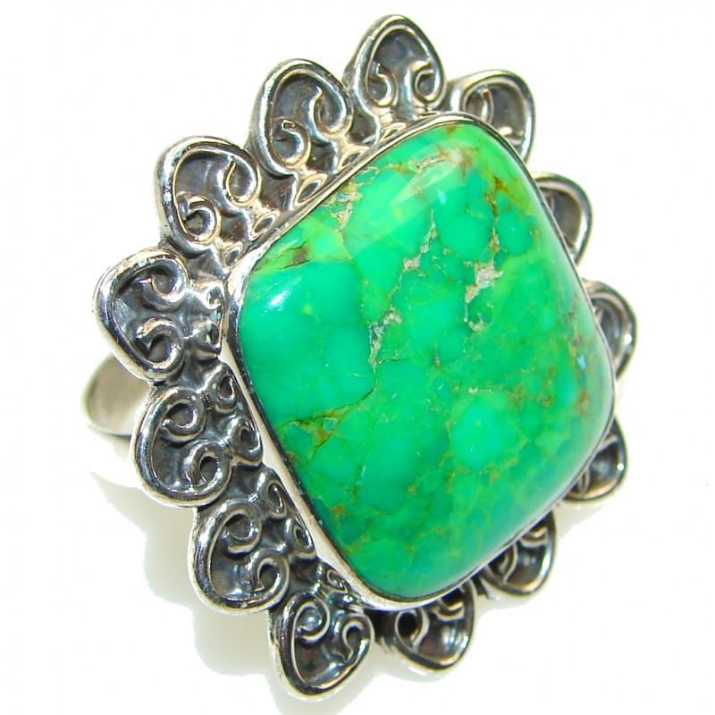 Big! Fresh Green Turquoise Sterling Silver Ring s. 11