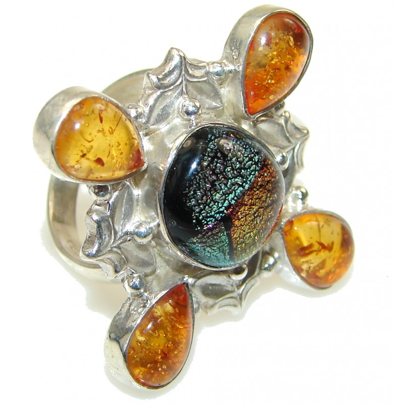 Very Intresting Dichroic Glass Sterling Silver ring s. 7 3/4