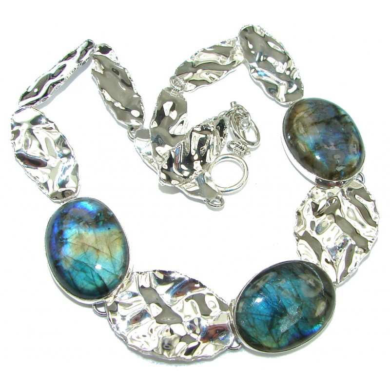 Natural Beauty! AAA Blue Labradorite Sterling Silver necklace