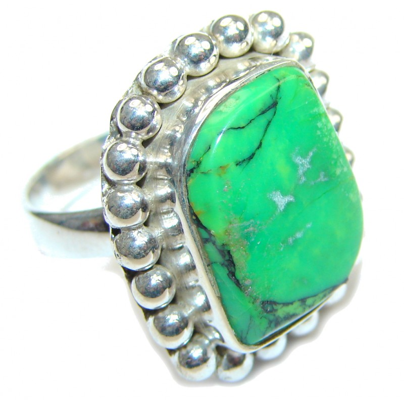 Fresh Green Turquoise Sterling Silver ring s. 7