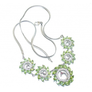 Lime Treasure! Green Peridot & White Topaz Sterling Silver necklace