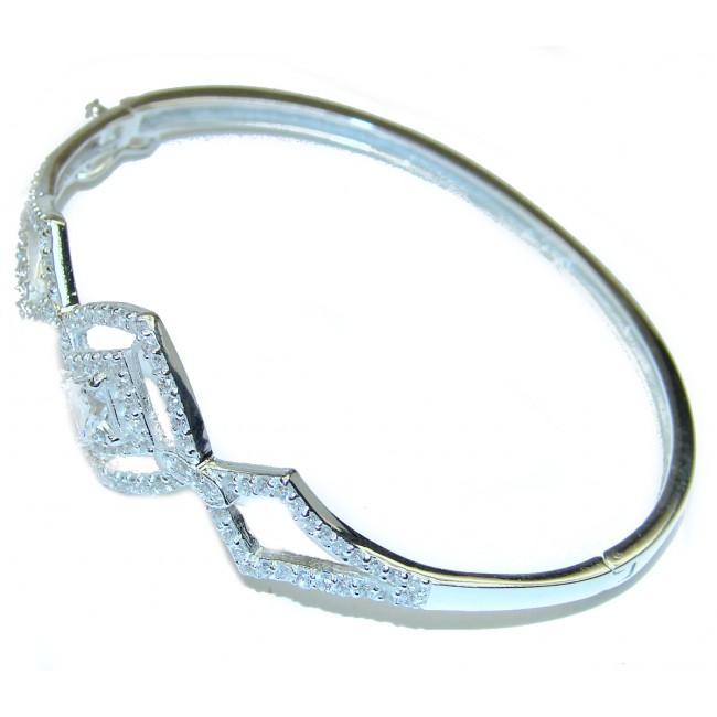 Glorious Natural White Topaz 925 Sterling Silver Bangle bracelet