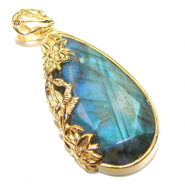 Blue Fire Labradorite 18K gold over .925 Sterling Silver handcrafted Pendant